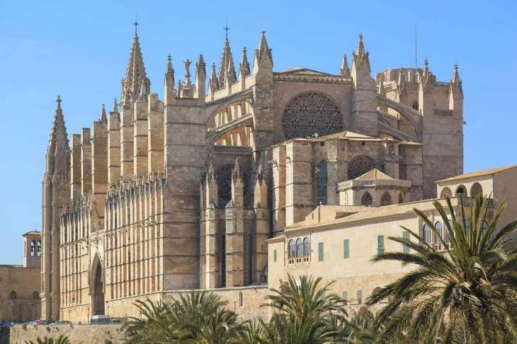 Catedral de Mallorca: Que ver en Palma de Mallorca - Tripkay