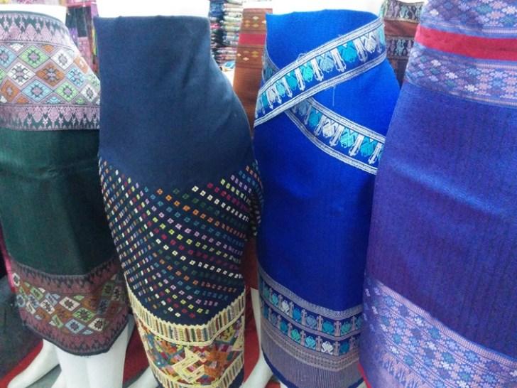 ラオスのビエンチャンの市場「タラート・サオ」