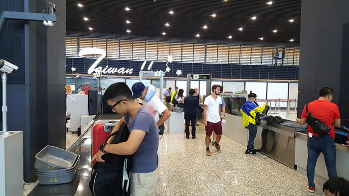 airport-departure-014