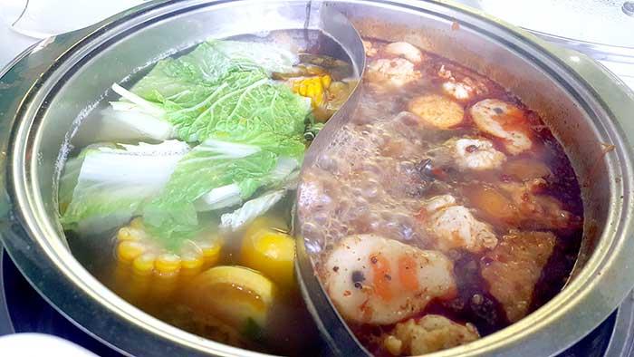 紅樓鴛鴦鍋,紅樓麻辣鍋,台灣人喜歡的火鍋味道