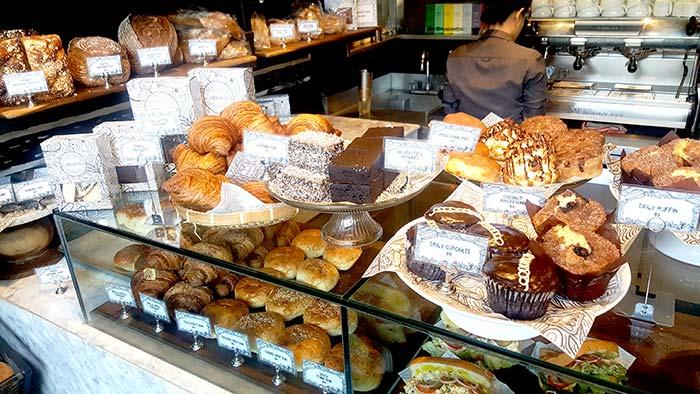宿霧好吃早餐, 菲律賓宿霧咖啡廳, 麵包店