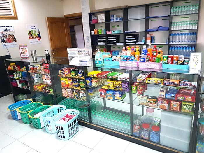 雜貨鋪,零食,泡麵,藥品,水