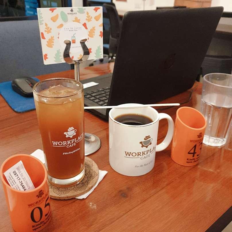 可以選擇檸檬紅茶跟咖啡, 無限暢飲