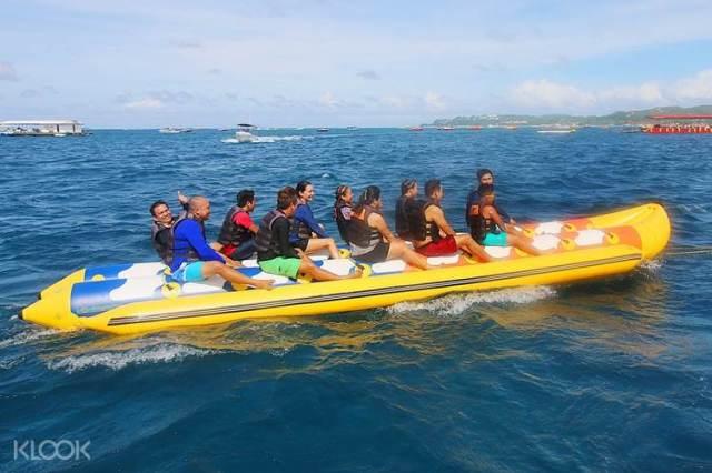 Banana boat in Bohol