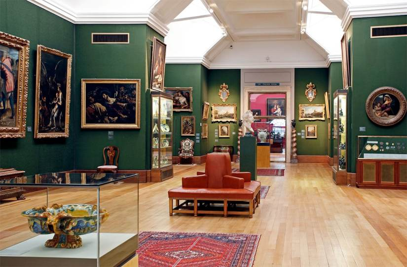 the gallery insides the The Fitzwilliam Museum