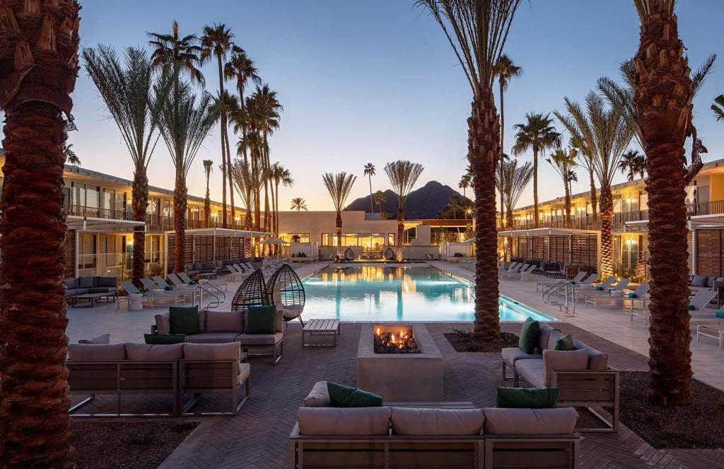 kid-friendly hotels in Phoenix