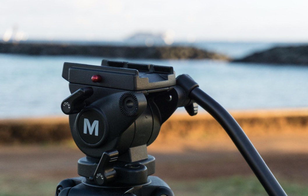 Top 5 Best Vlogging Tripods Of 2019 + Reviews | Tripodyssey