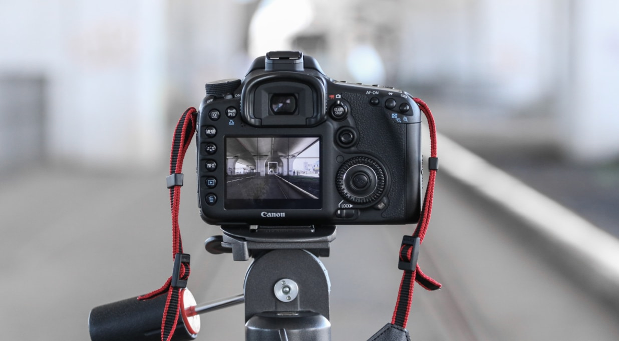 Top 10 Best Accessories For Canon 80D Of 2019 + Reviews! | TP