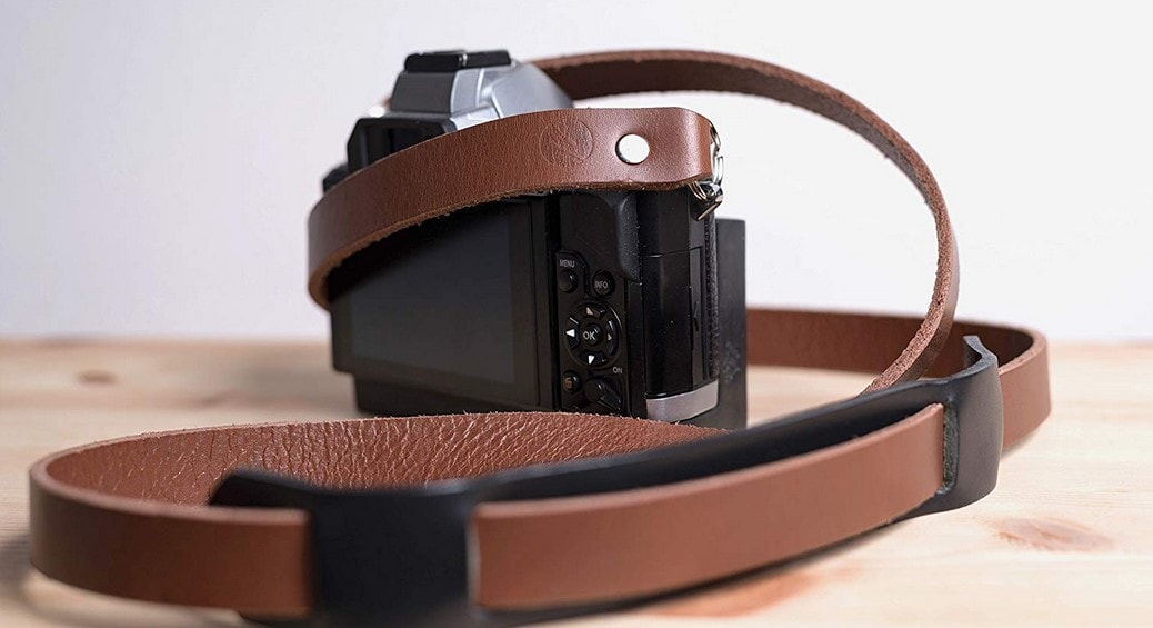 A-Typical Premium Leather Camera Strap by MakeMoves Photography Review