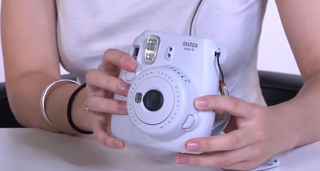 Fujifilm Instax Mini 9 Instant Camera - Smokey White Review