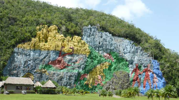 Giant stone wall painting, Parque Nacional Viñales, Cuba