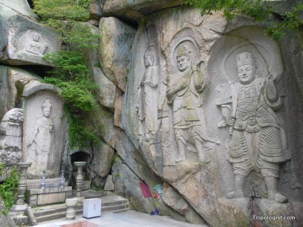 Seokbulsa Temple in Busan, South Korea is one of the most beautiful Buddhist temples in all of South Korea.