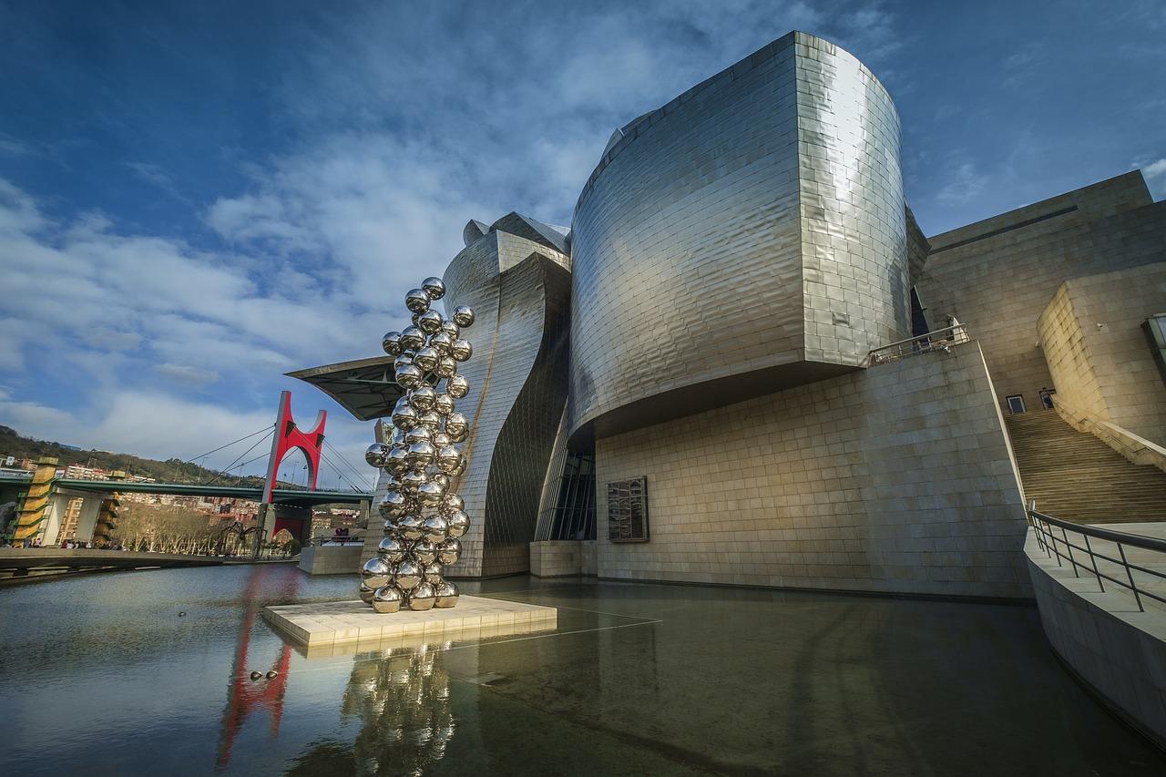 Guggenheim Museum modern architecture wonders of the world