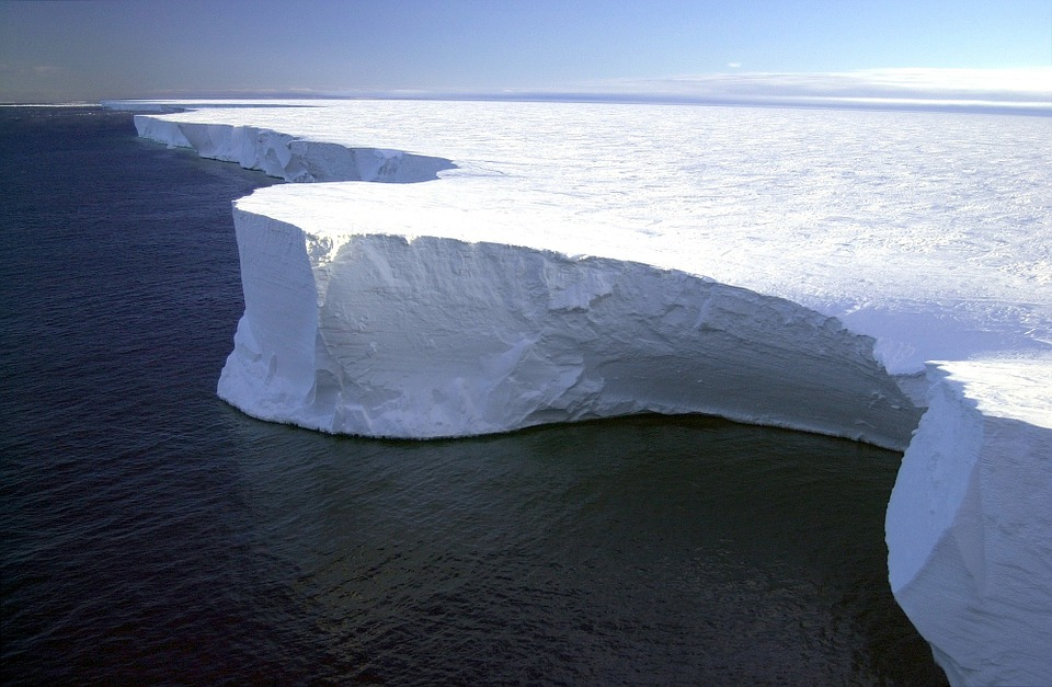 Antarctica the coldest country in the world