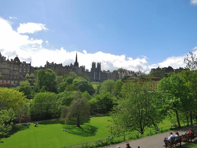 Blick zum Edinburgh Castle