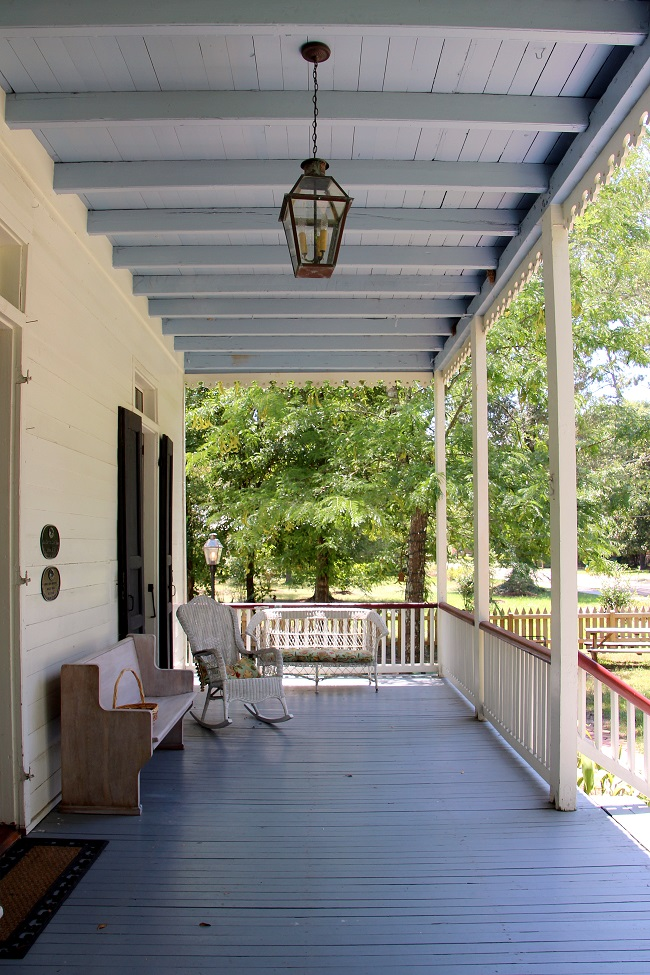 Blue Porch Light Meaning