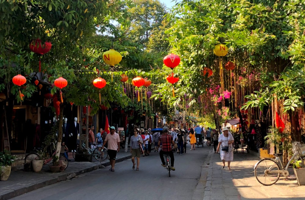 Paper lanterns lining the streets of Hoi An