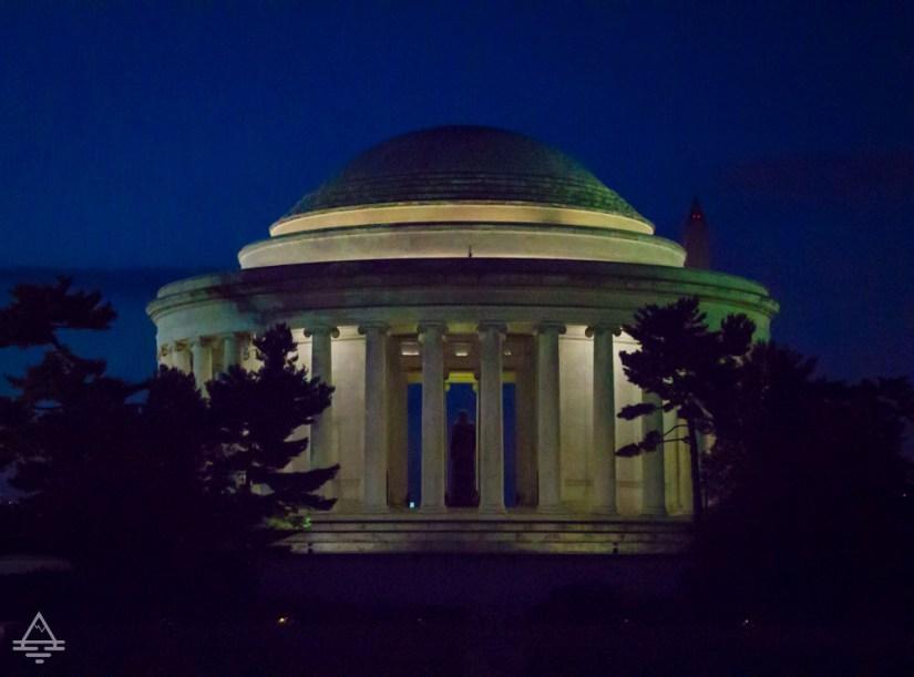 Washington Monuments Tour- Jefferson Memorial at Night