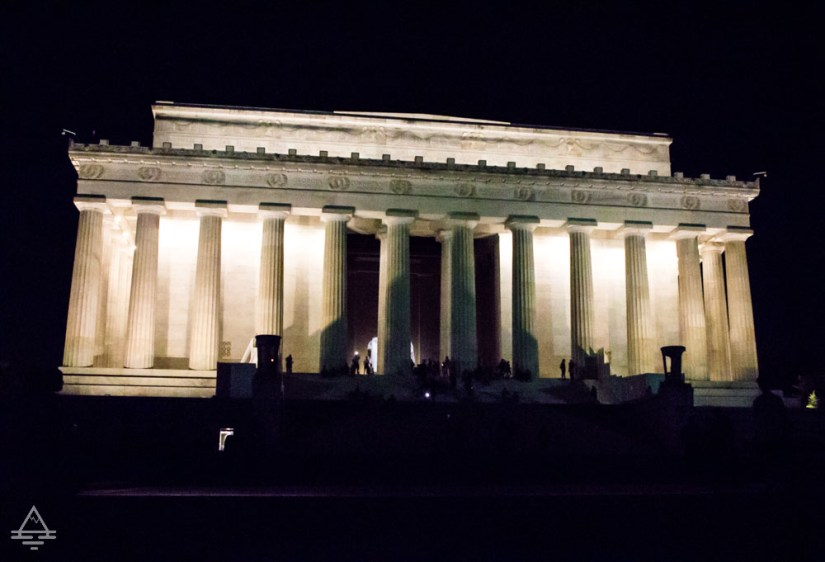 Washington Monuments Tour - Lincoln Memorial at Night