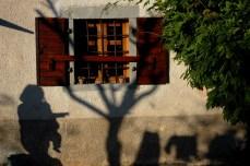 Shadows, Nasa Istra