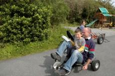 riding the gocarts, Letterfrack