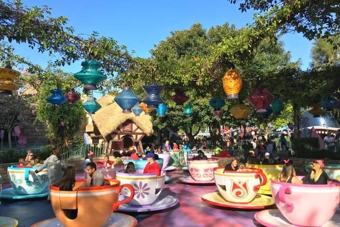 Avoiding Long Lines at Disneyland