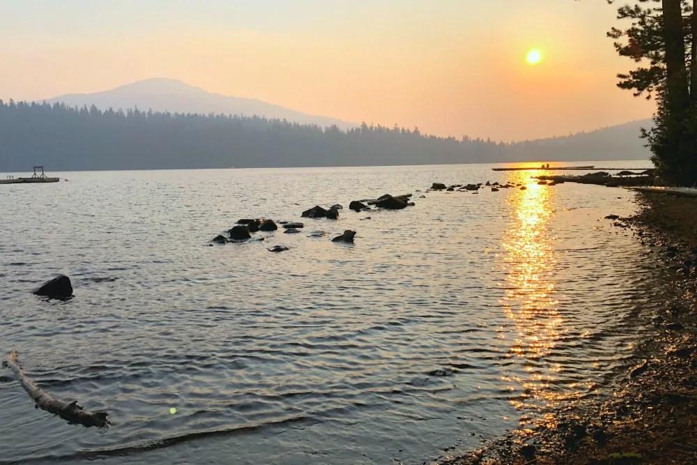 Lake of the Woods Oregon at Sunset