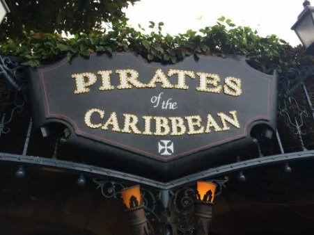 Disneyland vs. Disney World Pirates Sign