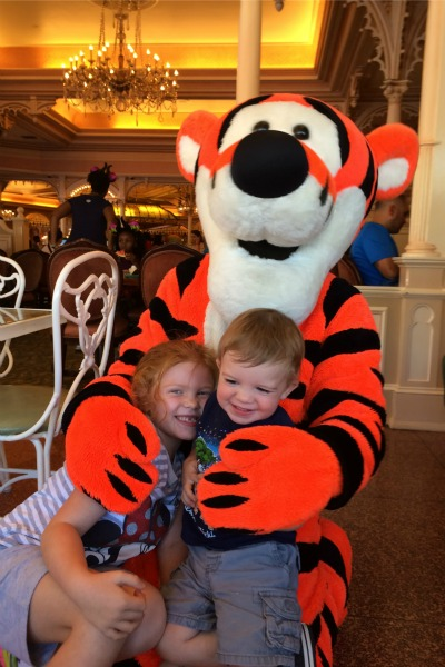 Disneyland Character Meals Plaza Inn Tigger