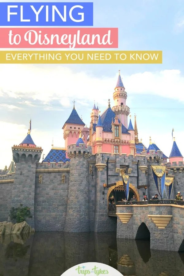 Flying to Disneyland? Compare Southern California airports like LAX and Orange County as you look at air travel options. Plus, get the scoop on ground transportation like shuttles, Uber and Lyft, and car rental. #disneyland #southerncalifornia