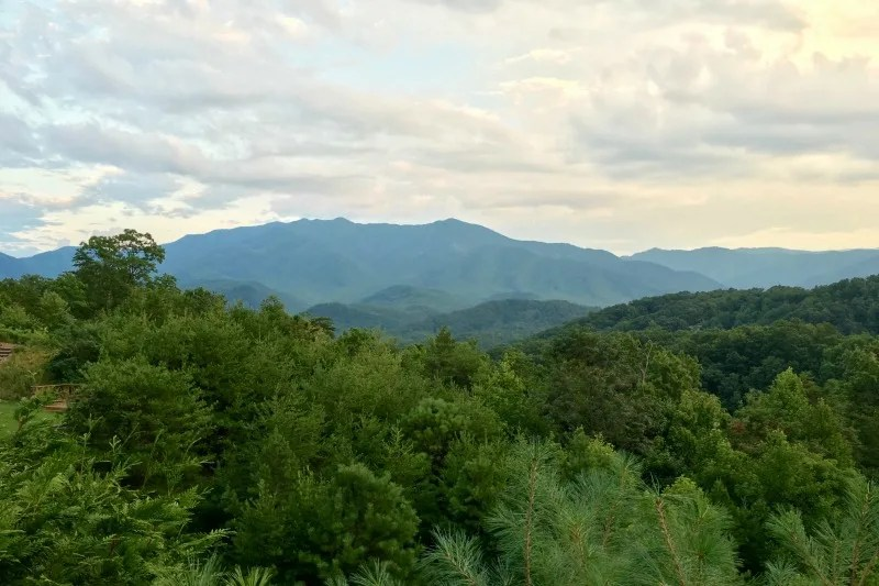 Tennessee Smoky Mountains with Kids - Mountain Views