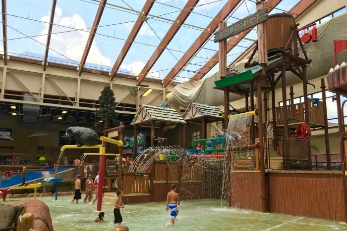 Tennessee Smoky Mountains - Wilderness at the Smokies Indoor Water Park