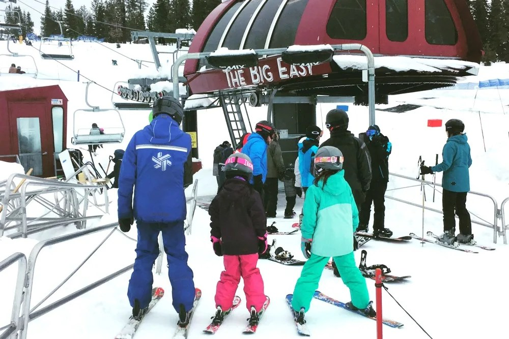 Why Ski School is Worth It - The Power of Skiing Peer Pressure