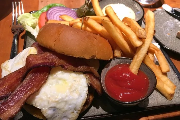 Northstar California Dining Guide - Manzanita Burger with Fried Egg