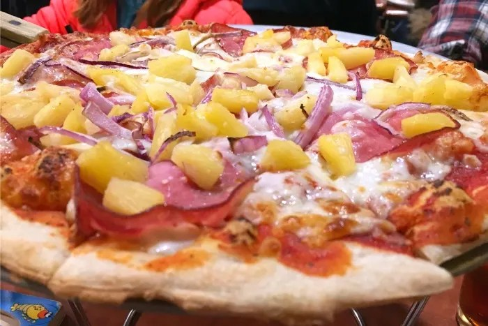 Northstar Dining Guide - Rubicon Hawaiian Pizza