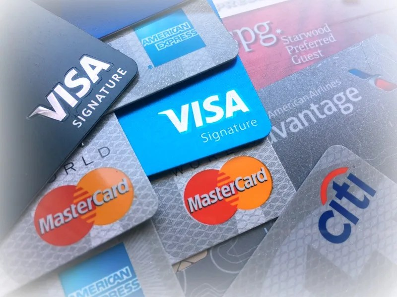 Rewards Credit Cards - Issuer Logos Blurred