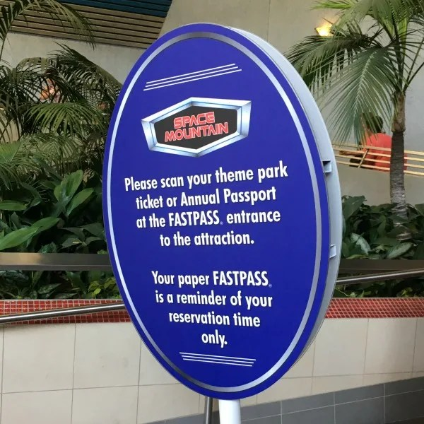 Disneyland Rider Switch with MaxPass - Space Mountain Fastpass Sign