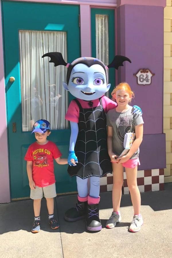 New at Disneyland Fall Winter 2018 - Vampirina Meet and Greet