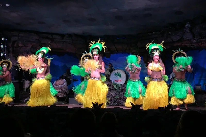 Things to do in Maui with Kids - Drums of the Pacific Luau Hyatt Maui