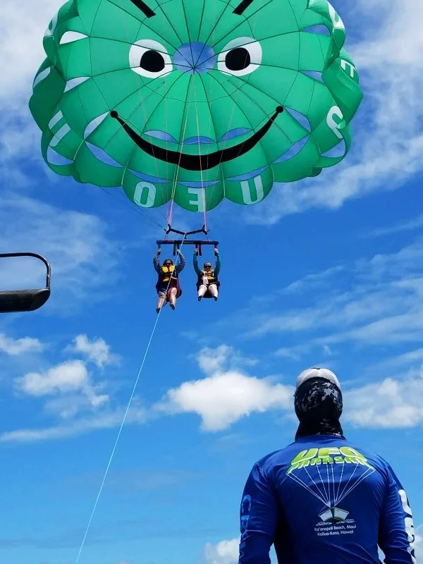 Things to do in Maui with Kids - UFO Parasail
