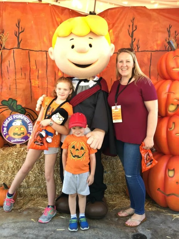 Great Pumpkin Fest Californias Great America - Peanuts Character Photo