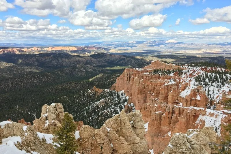 National Parks Tips for Beginners - Bryce Canyon Snow in Spring