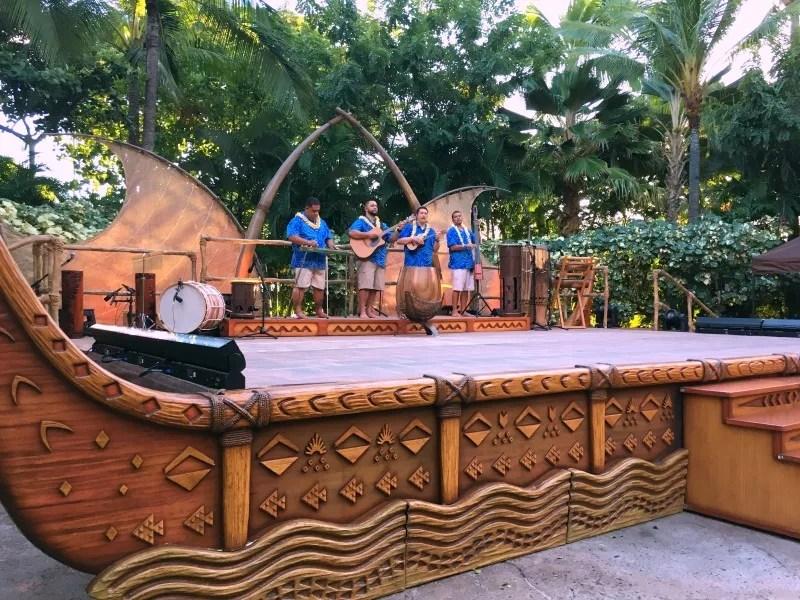 Disney Aulani Splurges - Kawaa Luau