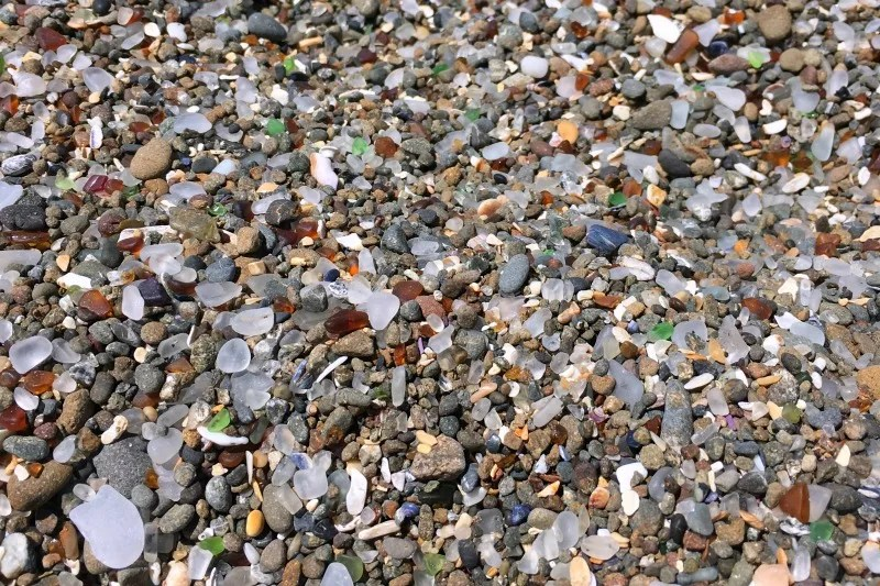 Mendocino County California with Kids - Glass Beach
