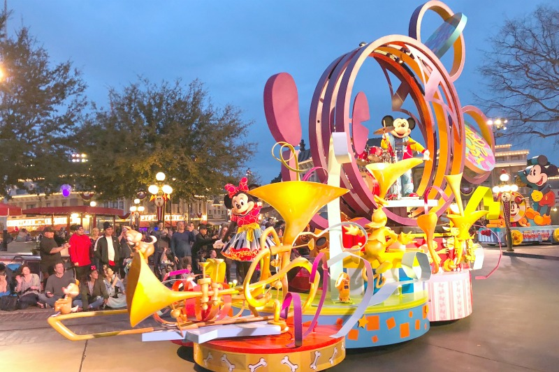 New at Disneyland - Mickeys Soundsational Parade