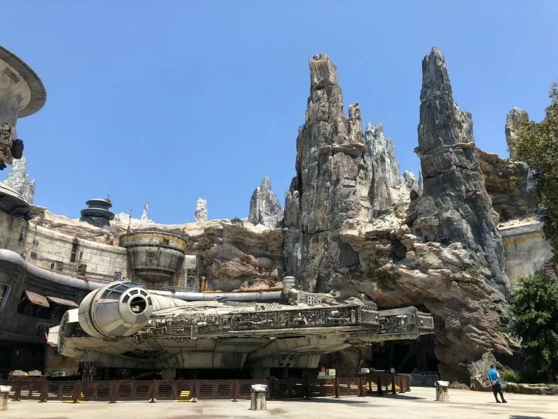 Star Wars Galaxys Edge Disneyland - Falcon