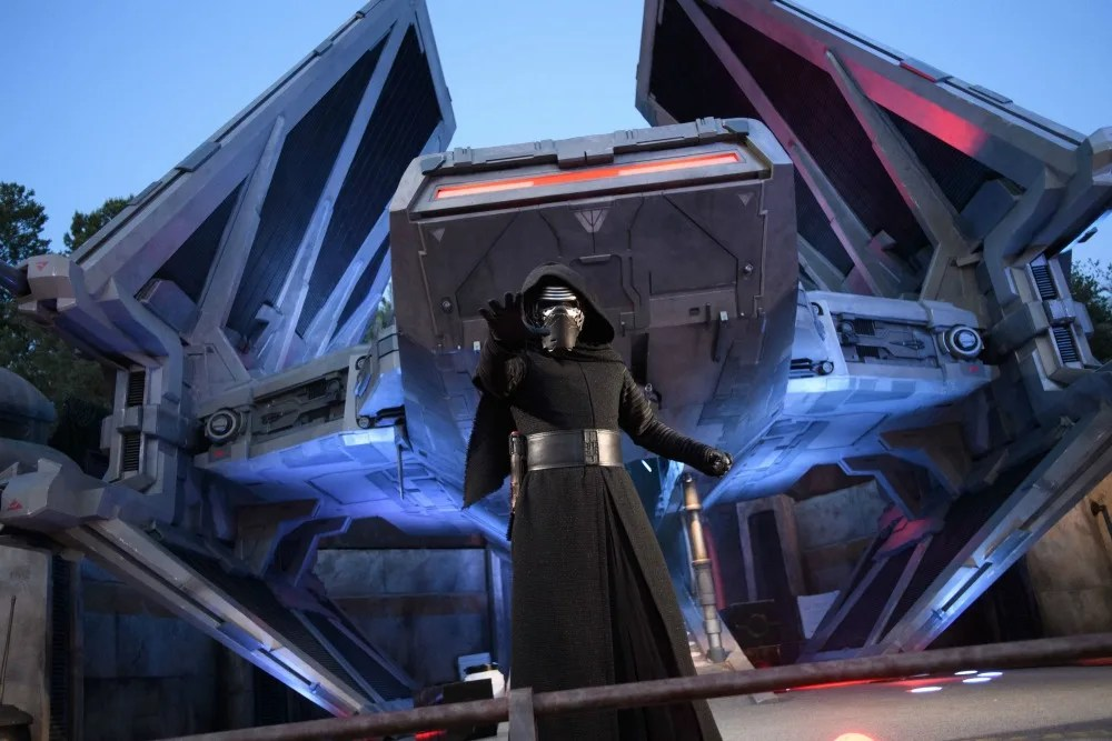 Star Wars Galaxys Edge Fun Facts - Kylo Ren
