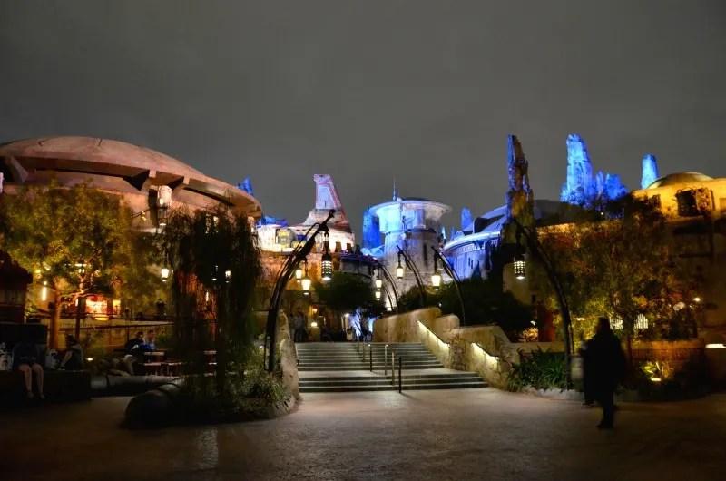 Star Wars Galaxys Edge Tips Disneyland - Night Time