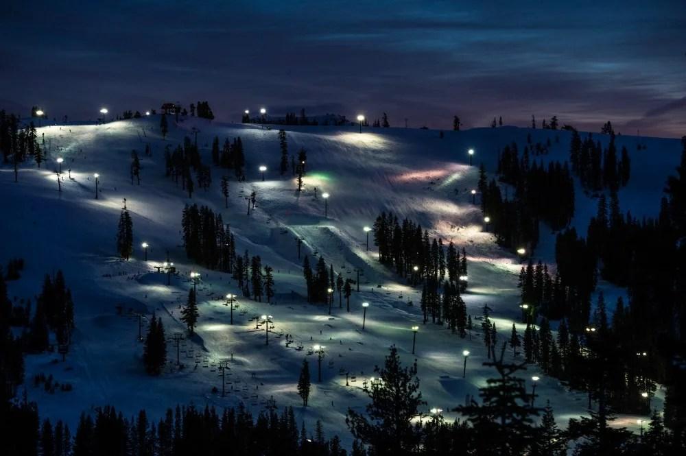 Close Ski Resorts to San Francisco - Boreal Night Skiing