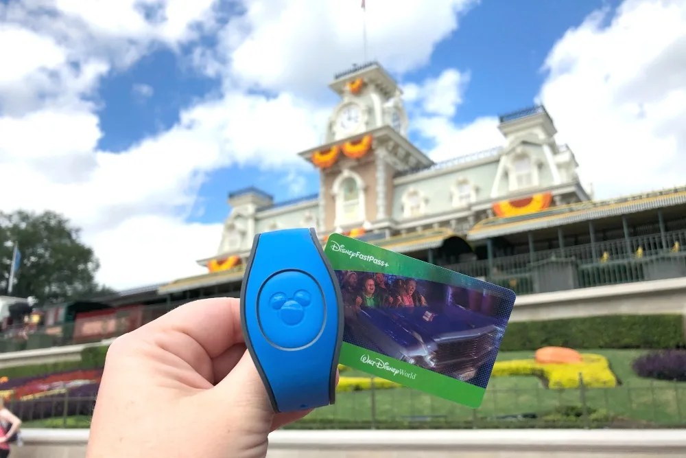 Disney World MagicBands - Magic Band at Magic Kingdom